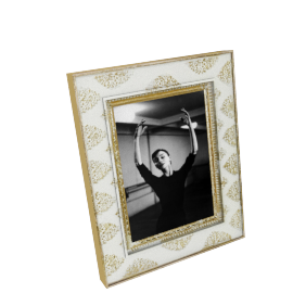 Astrid Photo Frame - 5x7 inches