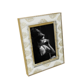 Astrid Photo Frame - 4x6 inches