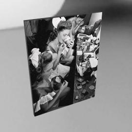Showgirls, 60x80cm, by Noshir Anklesaria