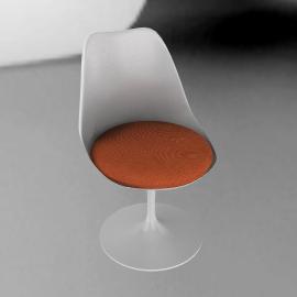 Saarinen Tulip Armless Chair - Vinyl - White.Carrot